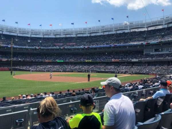 Yankee Stadium, secção: 128, fila: 3, lugar: 14