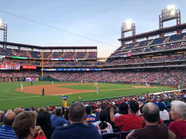 Citizens Bank Park, secção: 134, fila: 21, lugar: 10
