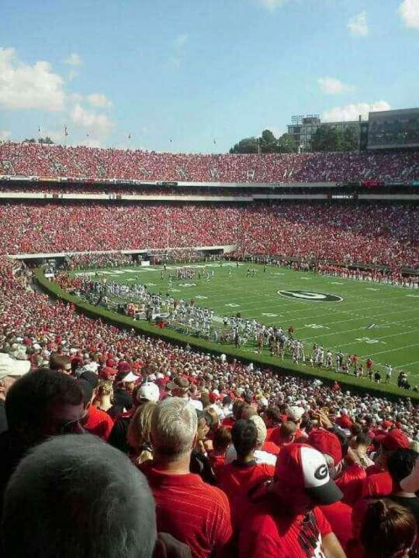 Sanford Stadium, secção: 102, fila: 58, lugar: 1