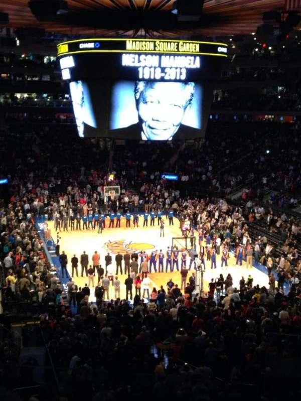 Madison Square Garden, secção: 216, fila: 3, lugar: 23