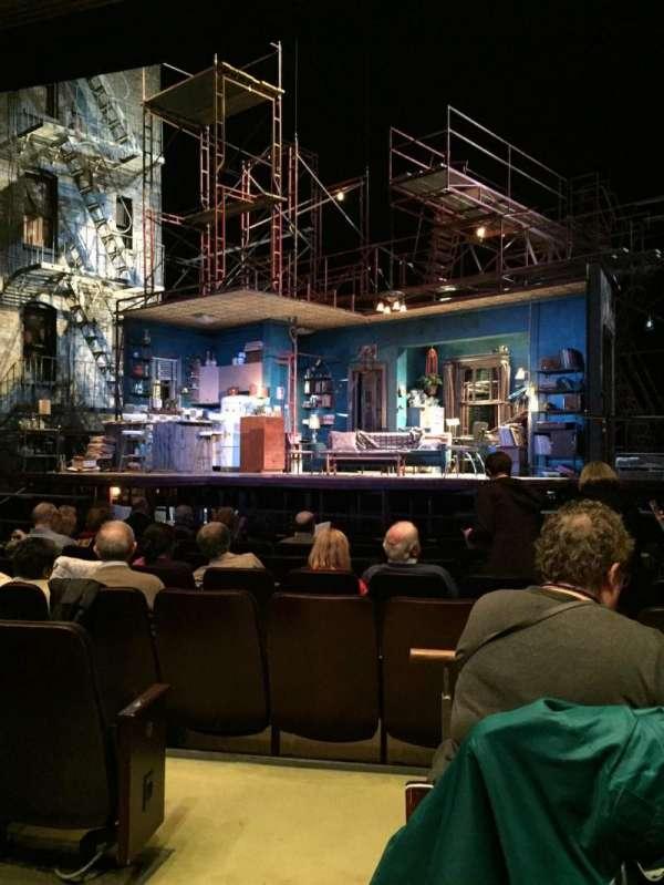 Goodman Theatre - Albert Theatre, secção: Aisle 1, fila: J, lugar: 9