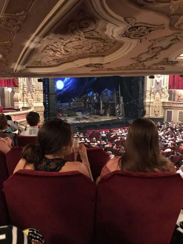 Nederlander Theatre (Chicago), secção: Dress Circle L, fila: LL, lugar: 7