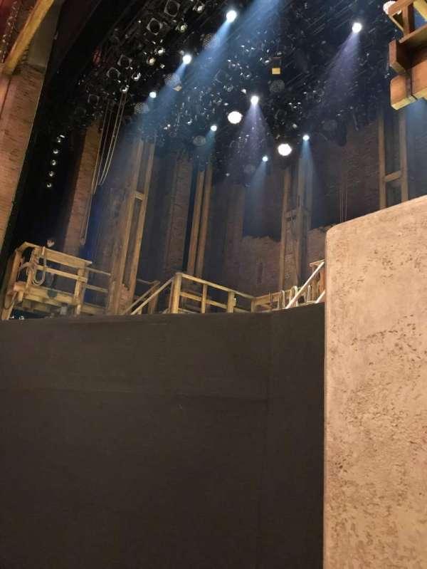 CIBC Theatre, secção: Orchestra R, fila: B, lugar: 10
