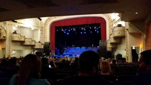 Palace Theatre (Greensburg), secção: ORCH R, fila: V, lugar: 8