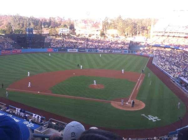 Dodger Stadium, secção: 7rs, fila: D, lugar: 15