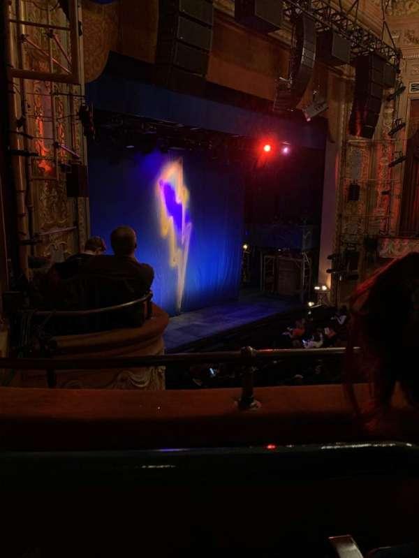 Longacre Theatre, secção: Mezzanine L, fila: B, lugar: 28