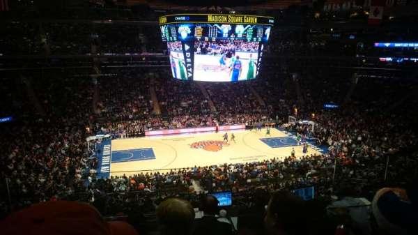 Madison Square Garden, secção: 223, fila: 6, lugar: 8