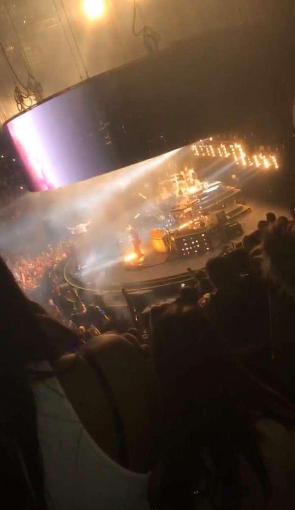 The O2 Arena, secção: H, fila: T, lugar: 403