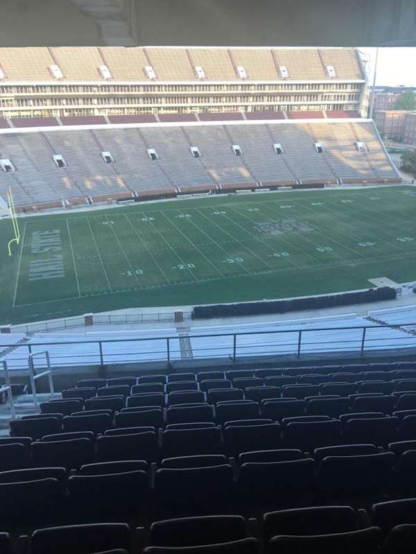 Davis Wade Stadium, secção: 209, fila: 10, lugar: 12