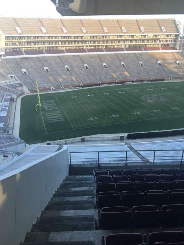 Davis Wade Stadium, secção: 210, fila: 10, lugar: 16