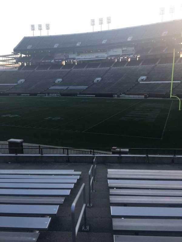 Davis Wade Stadium, secção: 16, fila: 16, lugar: 01