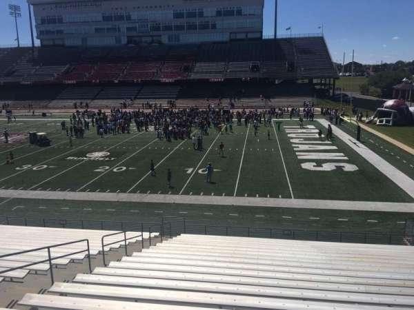 Veterans Memorial Stadium, secção: 101, fila: 20, lugar: 1