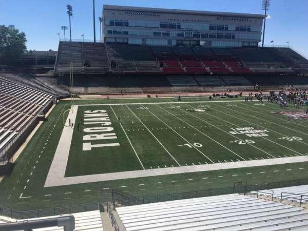 Veterans Memorial Stadium, secção: 215, fila: 1, lugar: 21