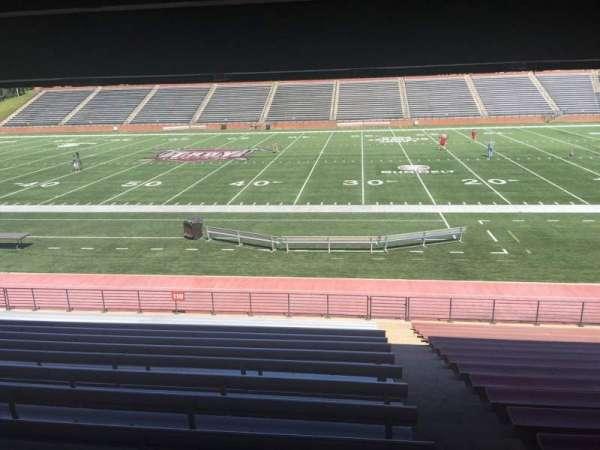 Veterans Memorial Stadium, secção: 110, fila: 17, lugar: 1