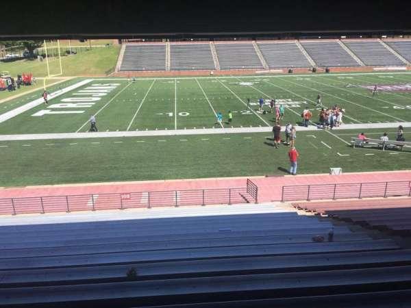 Veterans Memorial Stadium, secção: 102, fila: 17, lugar: 1