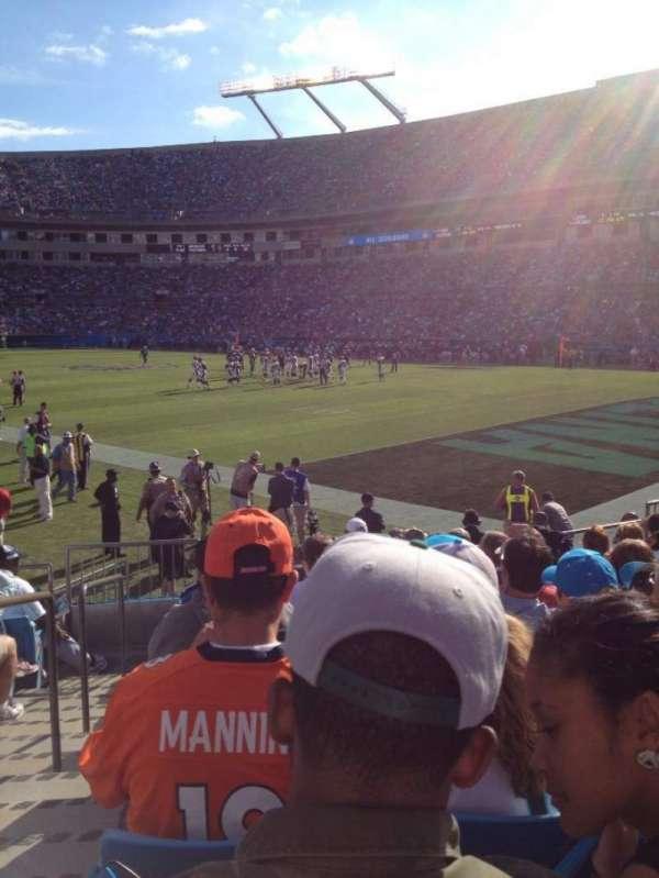 Bank of America Stadium, secção: 105, fila: 9, lugar: 15