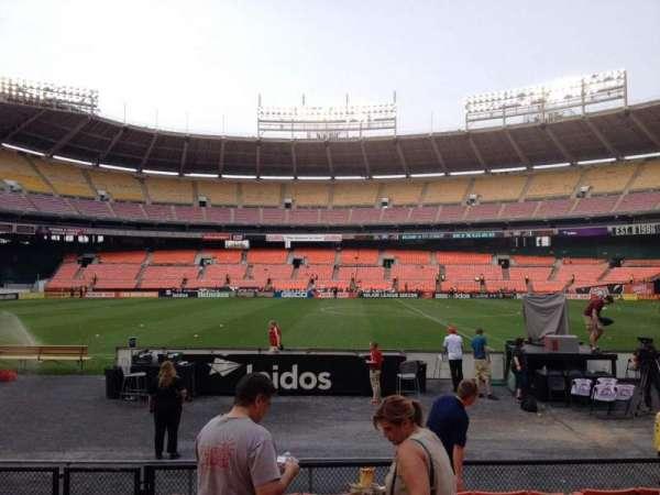RFK Stadium, secção: 107, fila: 8, lugar: 10