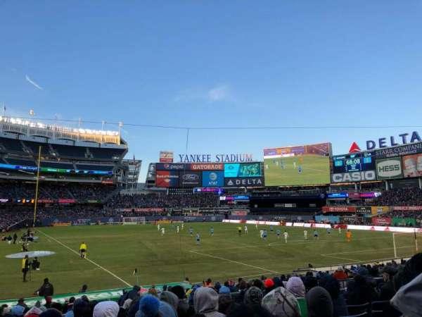 Yankee Stadium, secção: 116, fila: 11, lugar: 5