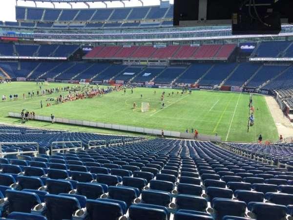 Gillette Stadium, secção: 105, fila: 38, lugar: 9