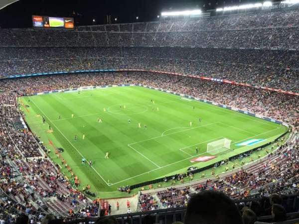 Camp Nou, secção: 415, fila: 6, lugar: 1