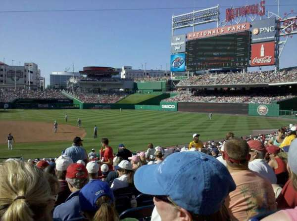 Nationals Park, secção: 130U, fila: FF, lugar: 11