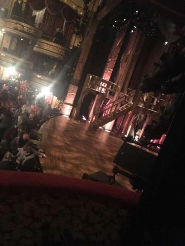 Richard Rodgers Theatre, secção: Box, fila: Second, lugar: Middle