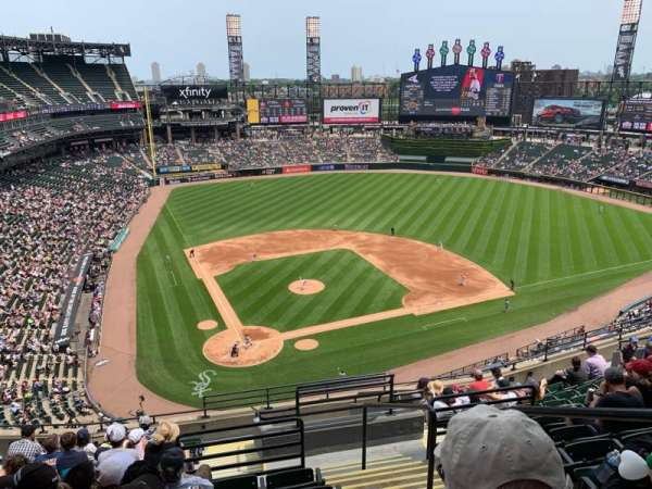 Guaranteed Rate Field, secção: 529, fila: 12, lugar: 2