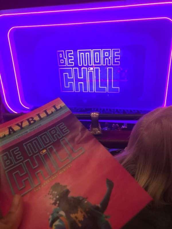 Lyceum Theatre (Broadway), secção: Mezzanine C, fila: B, lugar: 101
