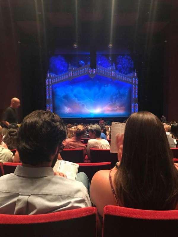 San Diego Civic Theatre, secção: Orchestra L, fila: V, lugar: 5