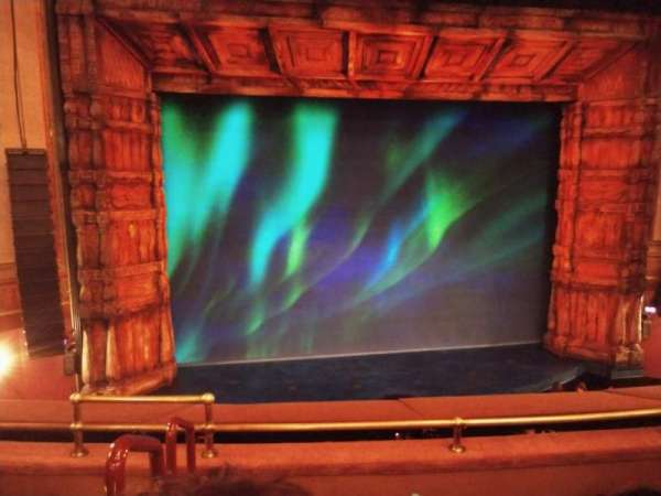 St. James Theatre, secção: Mezzanine C, fila: D, lugar: 115