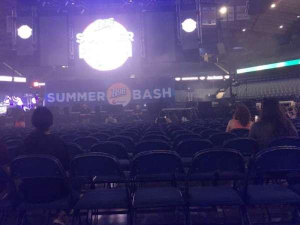 Allstate Arena, secção: 3, fila: 18, lugar: 10