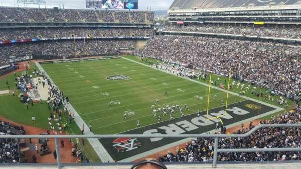 Oakland Coliseum, secção: 309, fila: 3, lugar: 4