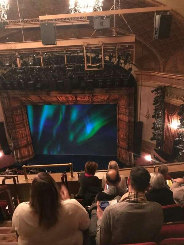 St. James Theatre, secção: Balcony R, fila: E, lugar: 4