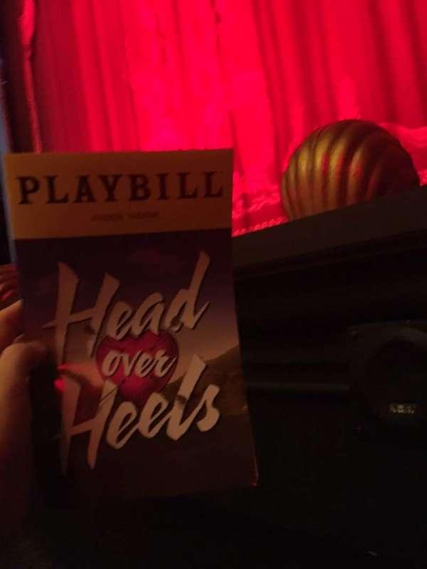 Hudson Theatre, secção: Orchestra C, fila: A, lugar: 114