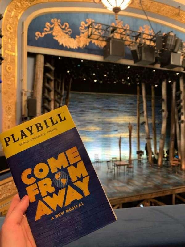 Gerald Schoenfeld Theatre, secção: Mezzanine L, fila: A, lugar: 9/11