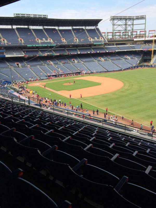 Turner Field, secção: 323, fila: 9, lugar: 104