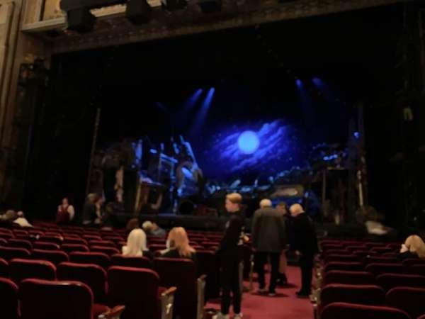 Hollywood Pantages Theatre, secção: Orchestra RC, fila: L, lugar: 201