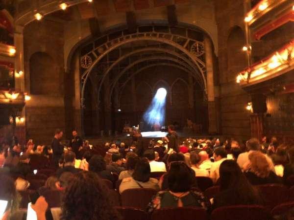 Lyric Theatre, secção: Orchestra R, fila: T, lugar: 14