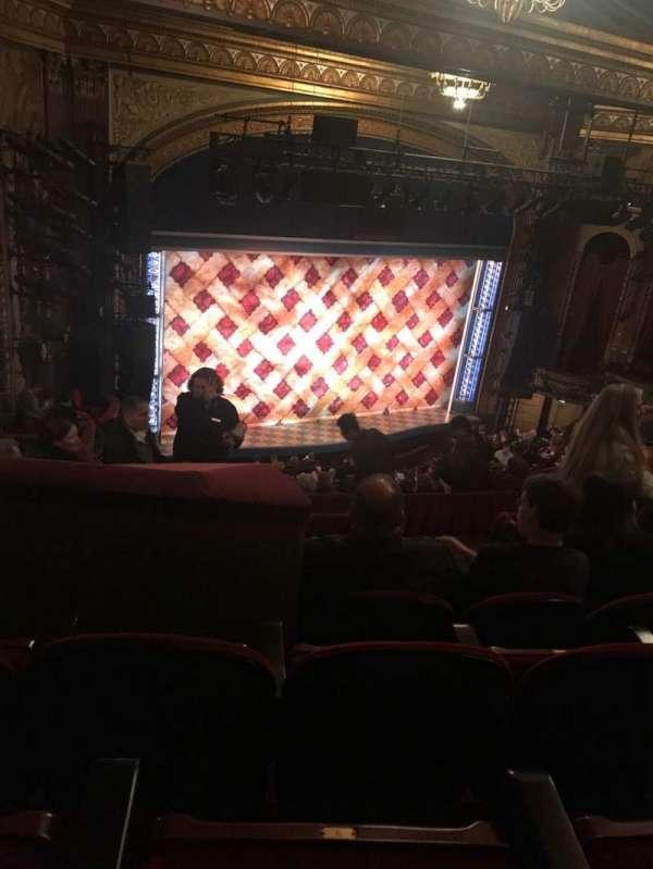 Brooks Atkinson Theatre, secção: Rear Mezzanine L, fila: K, lugar: 11