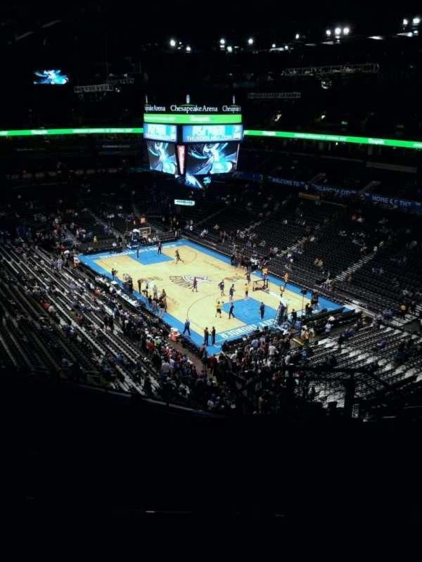 Chesapeake Energy Arena, secção: 319, fila: H, lugar: 9
