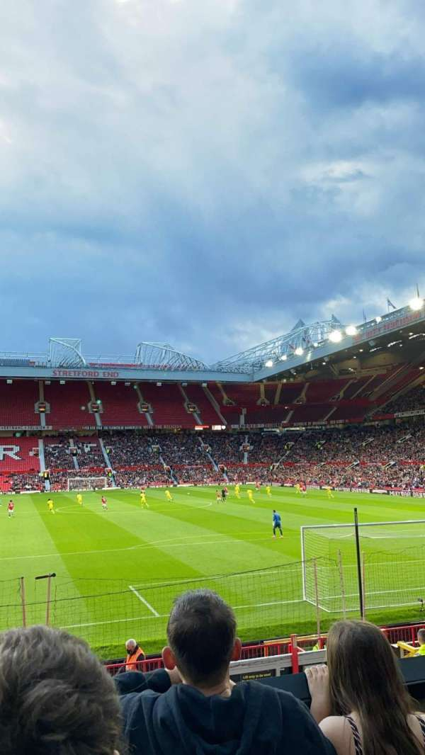 Old Trafford, secção: E234, fila: 3, lugar: 133