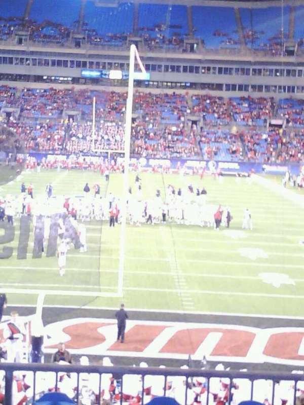 Bank of America Stadium, secção: 201, fila: 4, lugar: 7