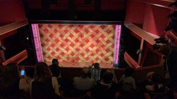 Adelphi Theatre, secção: Upper Circle, fila: F, lugar: 14