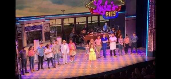 Adelphi Theatre, secção: Dress Circle, fila: A, lugar: 32