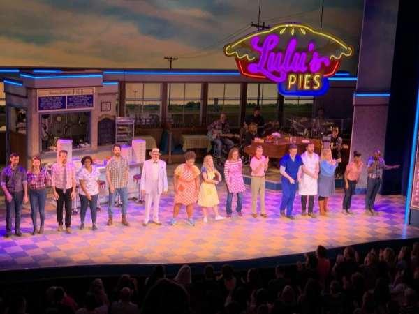 Adelphi Theatre, secção: Dress Circle, fila: E, lugar: 28