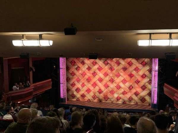 Adelphi Theatre, secção: Dress Circle, fila: O, lugar: 15