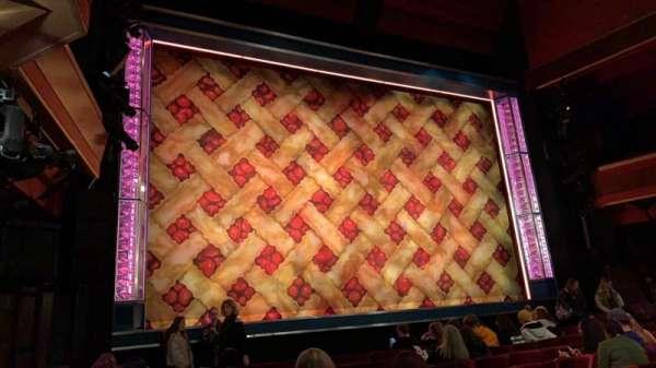 Adelphi Theatre, secção: Stalls, fila: H, lugar: 30