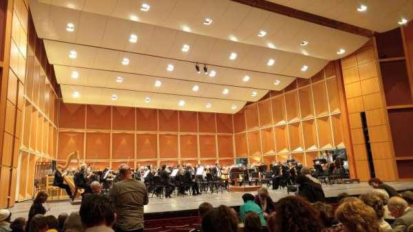 Uihlein Hall, secção: Orchestra, fila: H, lugar: 10