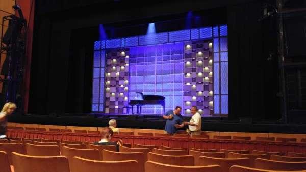 Uihlein Hall, secção: Orchestra, fila: F, lugar: 38