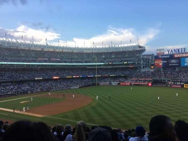Yankee Stadium, secção: 211, fila: 13, lugar: 15